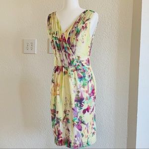 Banana Republic Dresses - Banana Republic floral print silk dress size 4